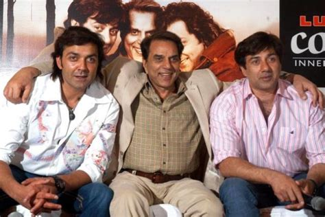 Dharmendra Age, Height, Wife, Affairs, Biography, Family