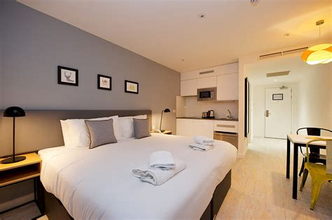 Appartment Hotel by Staycity Apartment Hotel Heathrow With Parking