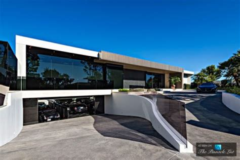 Villa Mit Tiefgarage 85 mio dollar villa mit praller luxus garage in beverly