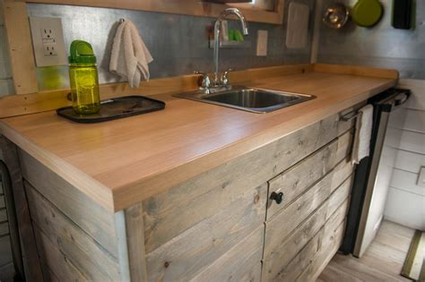 Ideas For On Top Of Kitchen Cabinets - laminate kitchen countertop hgtv
