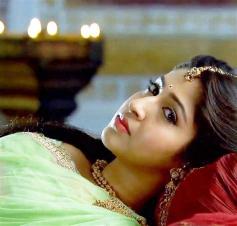 Sonarika Bhadoria Hd Wallpapers Free Download ~ Bollywood