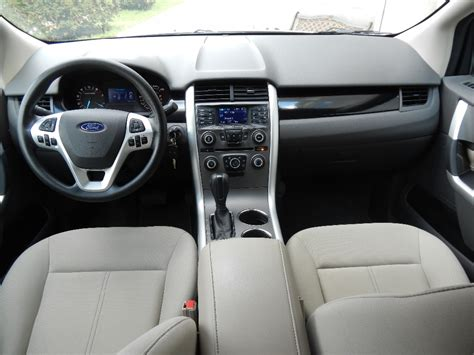 ford edge se fwd  buds auto  cars