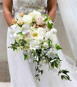 Bouquet De La Mariée : photo bouquet de mari e 2017 un bouquet en cascade ~ Melissatoandfro.com Idées de Décoration