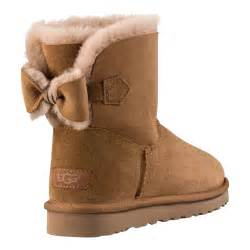 ugg 39 s naveah boots brown 1012808 che