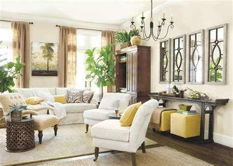 Tall Ceilings Large Wall Space Decorating Room wall