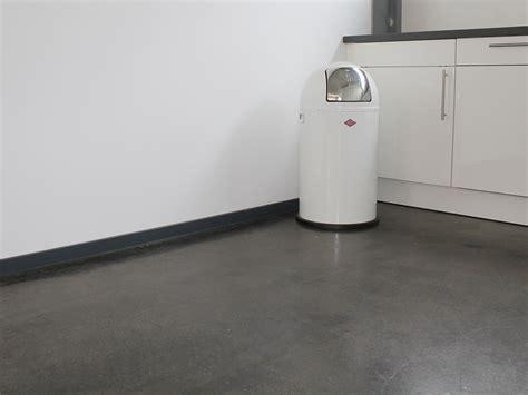 Estrich Schleifen Und Versiegeln by Betonboden Versiegeln Garage Betonboden Versiegeln