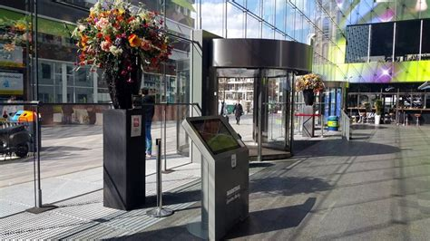 markthal rotterdam rvs curved stackdoor