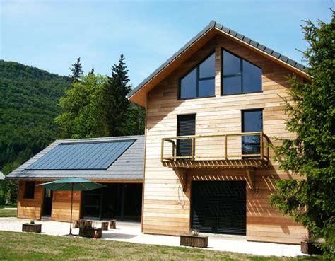 maison en panneaux de bois une maison 233 cologique m 233 thodes et techniques architecte de maisons