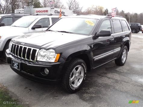 2005 grey jeep grand cherokee 2005 black jeep grand cherokee limited 4x4 47966317