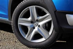 Enjoliveur Renault Clio 4 : 2012 renault clio iv x98 page 6 ~ Melissatoandfro.com Idées de Décoration