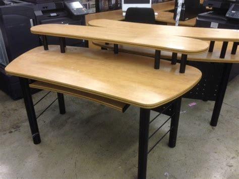 2 tier computer desk maple 5 39 2 tier computer desk