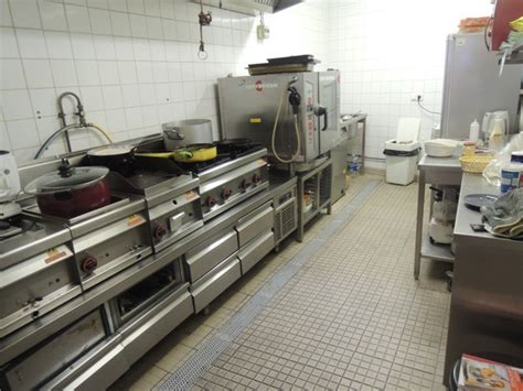 location equipement cuisine ventes local commercial marseille 13006 paradis perrier