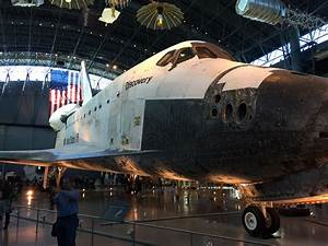 File:2016-01-02 14 45 21 View of the Space Shuttle ...