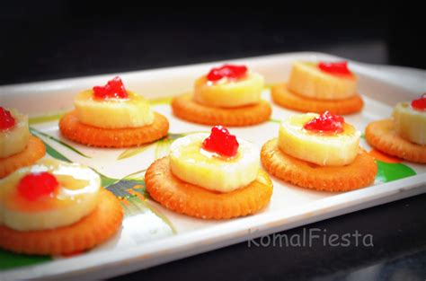 cheap canapes recipes monaco biscuits canapes komalfiesta