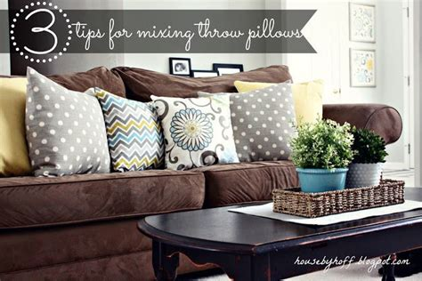 Throw Pillows For Brown Sofa by Tips For Mixing Throw Pillows House By Hoff Mixing
