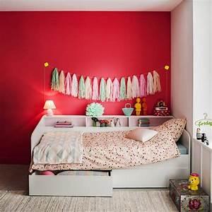 Peinture Mur Chambre : une chambre d 39 enfant avec un mur plein de peps bb ~ Voncanada.com Idées de Décoration