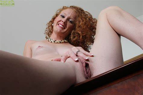 Table Nympho Fingered Smooth Vagina Teeny Foxy Cougar Hand Her Trimmed Hole Atop A