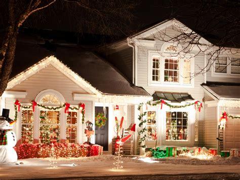 how to hang christmas lights inside windows how to hang christmas lights diy