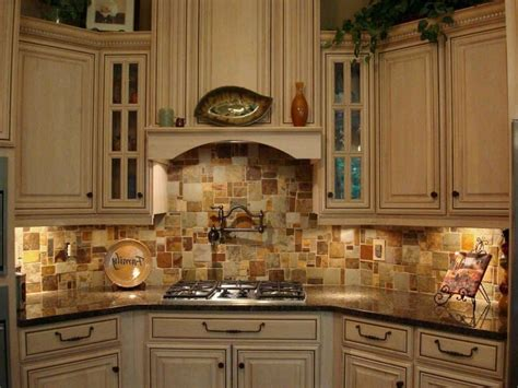 kitchen tile backsplash travertine backsplash usage design ideas and tips sefa 3240