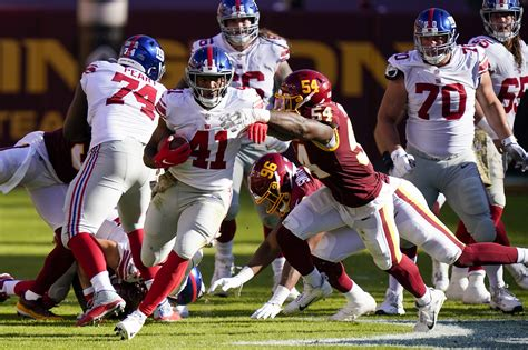 giants offensive  strategy sparked  rushing day