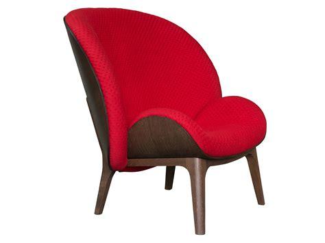 sieges design fauteuil bergère en tissu hug by perrouin sieges design