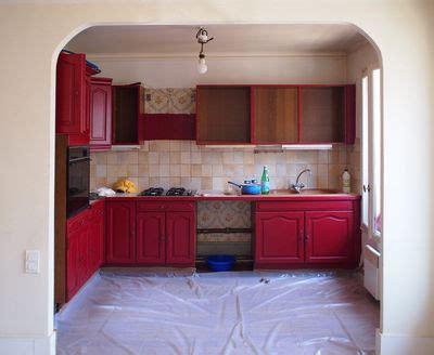 renover sa cuisine avant apres repeindre une cuisine 300 euros pour un relooking réussi côté maison