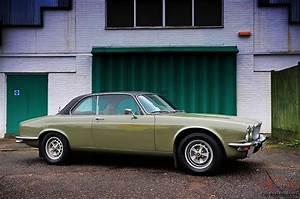 4 4 Jaguar : 1976 jaguar xj 4 2 coupe ~ Medecine-chirurgie-esthetiques.com Avis de Voitures