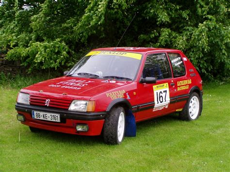 peugeot 205 rally peugeot 205 gti rally car