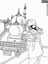 Islamismo Imagens Imprimir Prayer Coloring Islamic Ensino Religioso Minarets Mosque Calling Salvat Oncoloring Pe Activities sketch template