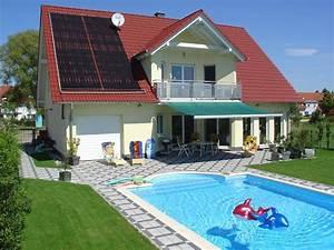 Pool Und Garten : modernes haus mit garten und pool gartens max ~ Michelbontemps.com Haus und Dekorationen