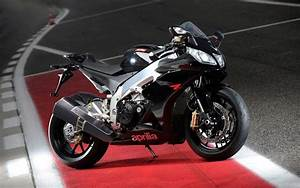 2010 Aprilia Rsv4 R Wallpapers : Hd Wallpapers