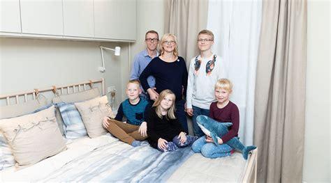 Liela, laimīga ģimene
