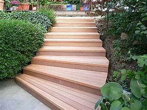 Gartentreppe Bauen Holz : gartentreppe aus bangkirai holz ~ Eleganceandgraceweddings.com Haus und Dekorationen