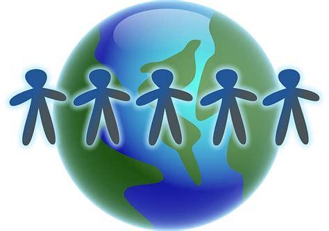 world globe men    image  pixabay