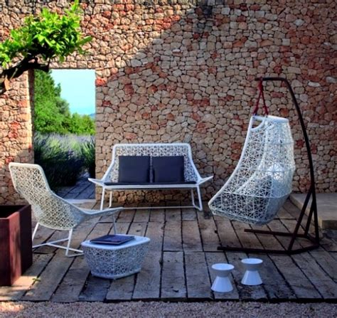 modern hanging chairs designs for garden patio and relax