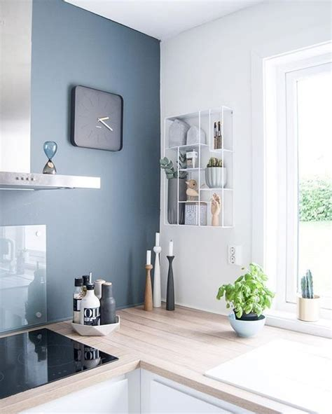 cuisine couleur gris bleu cuisine colorée 10 idées pour faire entrer la couleur