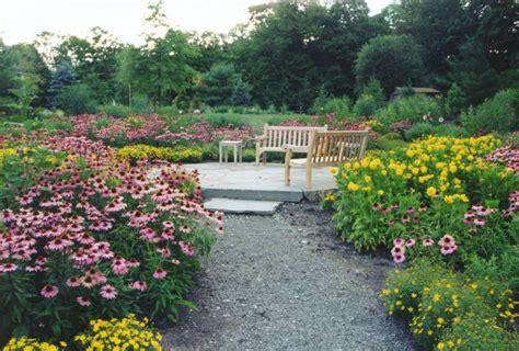 perrenial gardens perennial gardens hickory hollow landscapers
