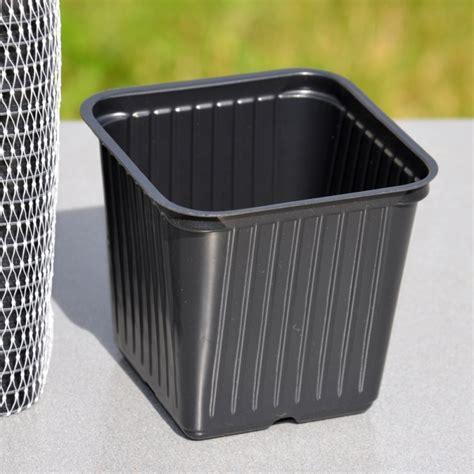 godets 224 repiquer en plastique 20 pots carr 233 s de 7 cm