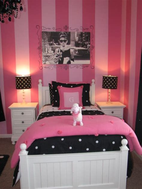 bedroom pink and black gracies pink and black bedroom we decided to paint all 4 14375 | 90d3e9cb5310513945c785d5466f9a59