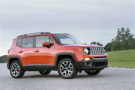jeep renegade south 2018 jeep renegade gains an updated interior and new standard equipment carscoops