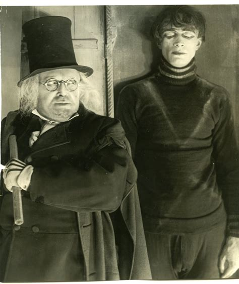 the cabinet of dr caligari cesare the doctor and cesare the cabinet of dr caligari