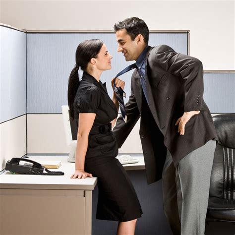 relation au bureau 31 des salari 233 s ont d 233 j 224 eu une relation au travail