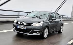 Citro U00ebn C4 Hatchback Review  2011