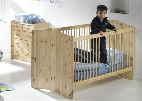 chambre bébé en bois massif ikea lit bebe bois massif chaios com