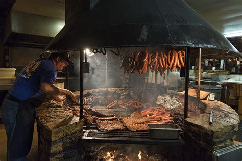 la cuisine au barbecue images gratuites embrasé bois fumée aliments cuisine