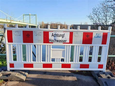 Hochwasser ist ein jährliches phänomen, nicht nur in köln am rhein. DLRG - Ortsgruppe Köln Rodenkirchen e.V. - Hochwasser in ...