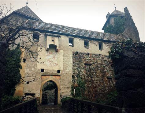 si鑒e auto castle gite fuori porta castel roncolo bolzano tusoperator
