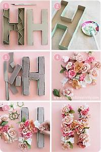 pappbokstaver med blommor paper mache letters with With letter flower box