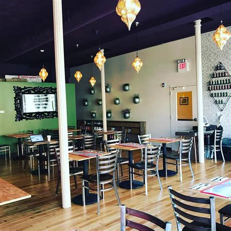 Tara Kitchen Opens In Troy  Table Hopping