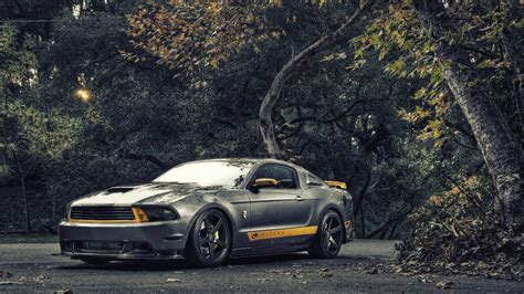 Ford Mustang Gt 1366x768 Wallpaper